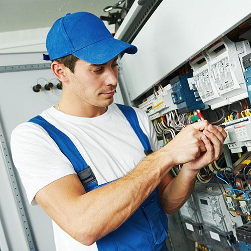 Elektrikář – Nabídka práce elektrikář v zahraničí